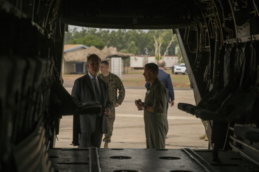 U.S. Ambassador Culvahouse visits Marines at RAAF Darwin