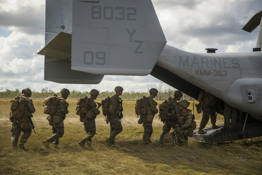 U.S. Marines and ADF conduct aerial insert
